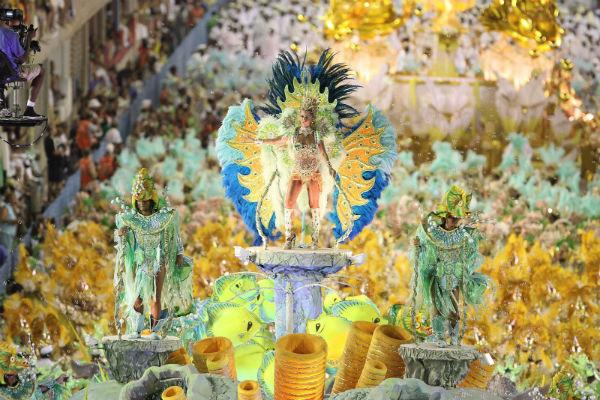 carnaval-rio-de-janeiro-parade-carnival-tickets-sambadrome